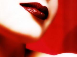 Выведение пятен от губной помады